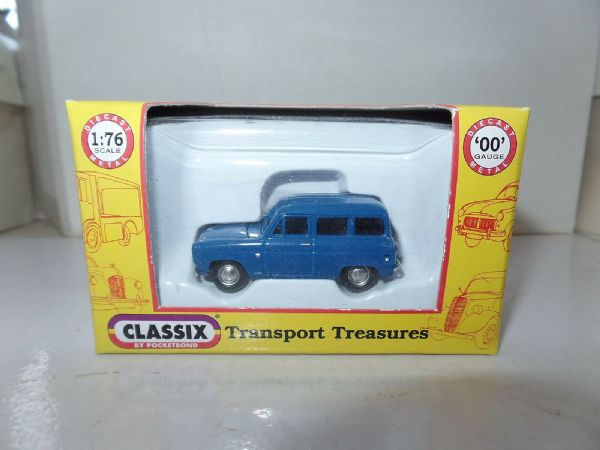 Classix EM76673 1/76 OO Scale Ford  Escort Squire Estate Dark Blue